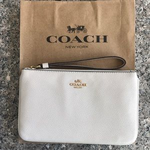 Large Wristlet in Chalk